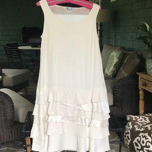 Beautiful Ivory silk dress Eileen Fisher. Size 4